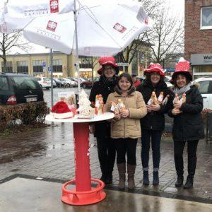 Mitarbeiterinnen des Verbandes trotzen in Selm Wind und Regen