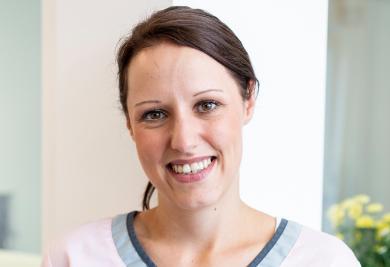 Angelina Slomka, Pflegefachkraft