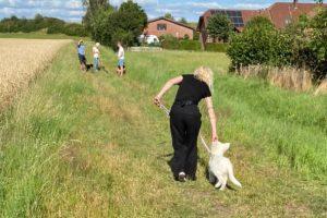Schulhund-Lehrling Aria